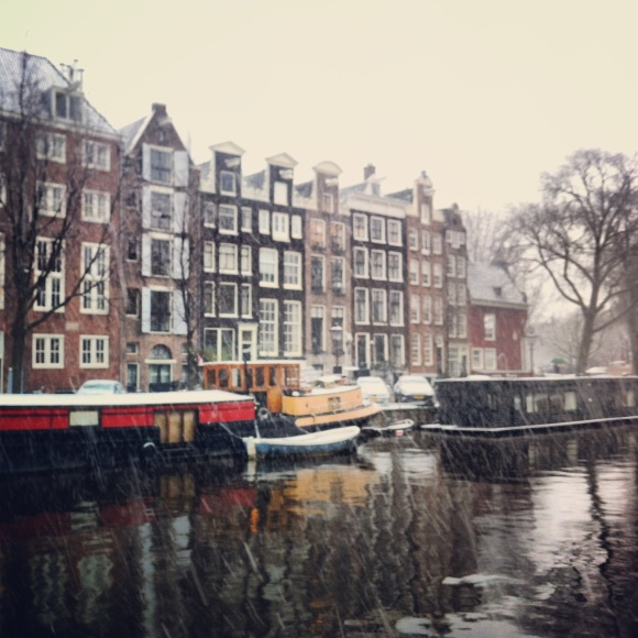 amsterdamarm: A Blog and a Guide to the City